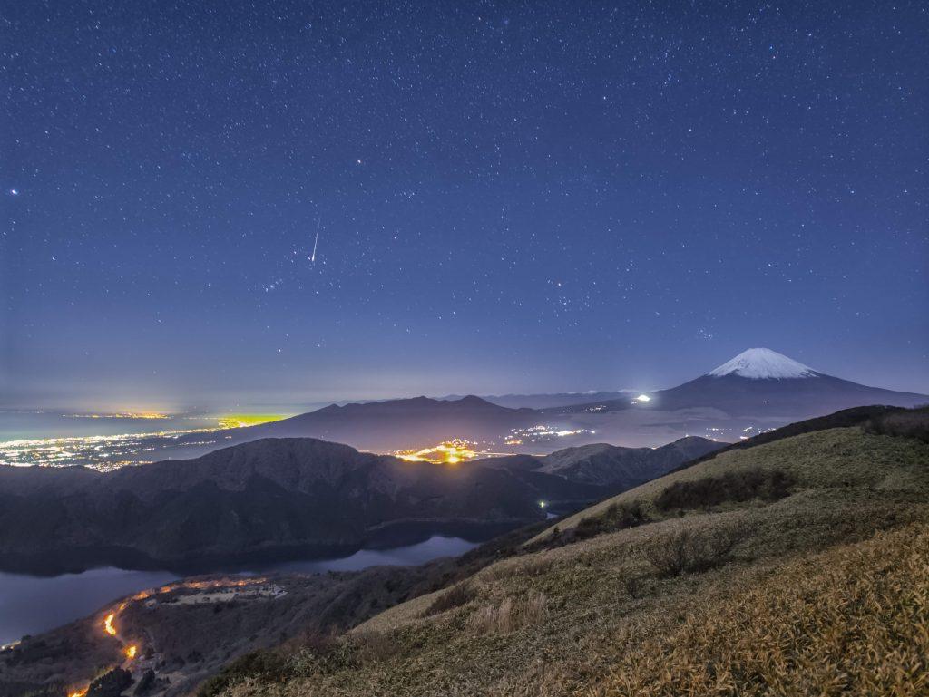 「宇宙によりみち」~ 星空写真家が紹介する、12月に見たい星空3選~